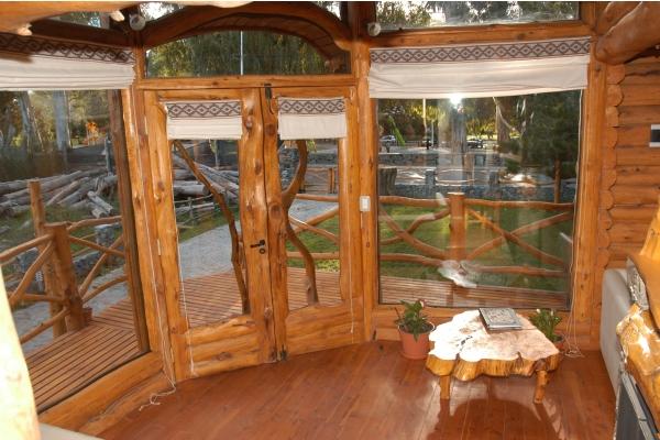 Galeria de imagenes de Cabañas Altos del Lago, Tandil.